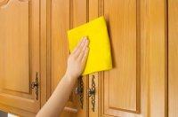 Як почистити кухонні поверхні?